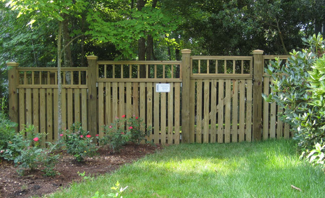 wood fence page overview pic