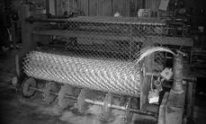 weaving machine picture bw