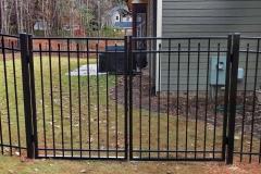 black-aluminum-fencing14