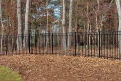 black-aluminum-fencing16
