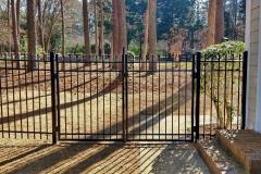 black-aluminum-fencing23