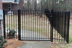 black-aluminum-fencing3