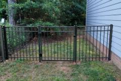 bronze-aluminum-fencing12