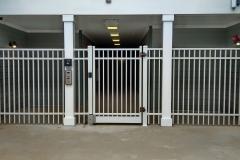 white-aluminum-fencing1